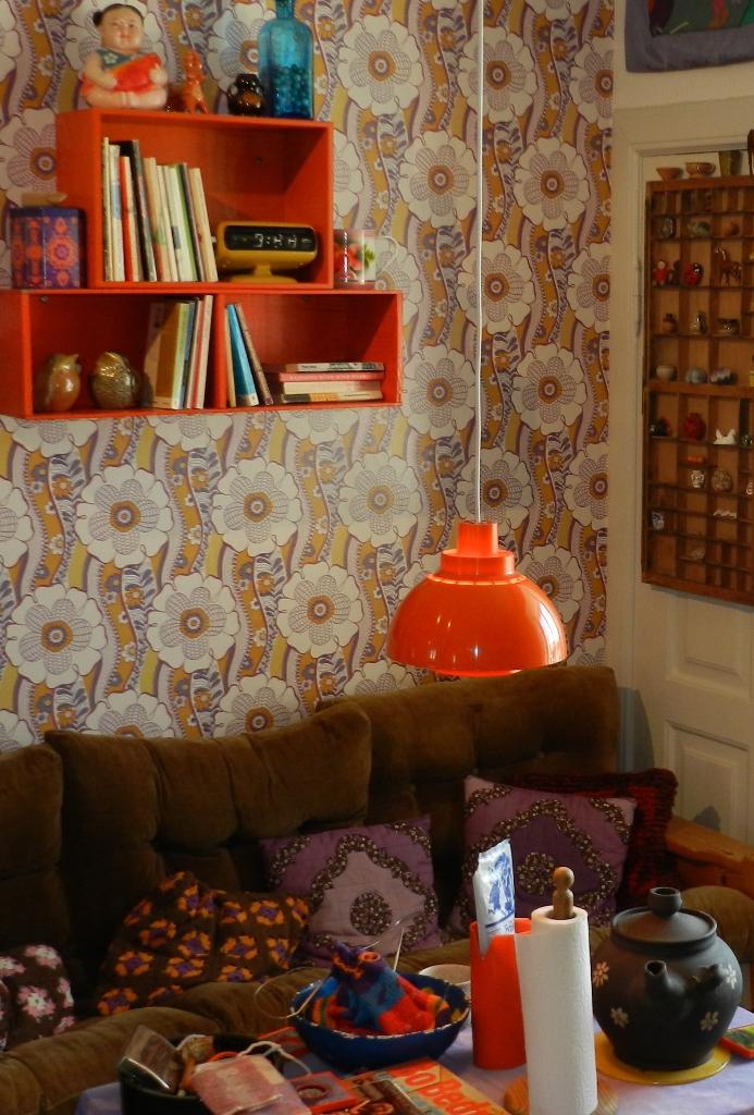 rekvisitter og møbler fra 1970'erne