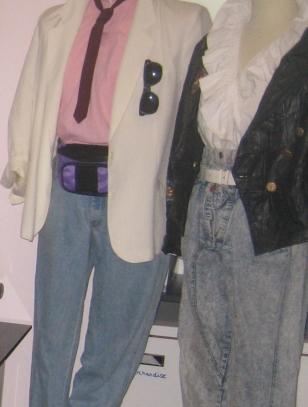 80'er mode, Don Johnson look, læderslips, stonewash denim, snowwash jeans, flæseskjorte